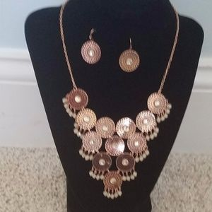 Rosegold necklace with earrings set